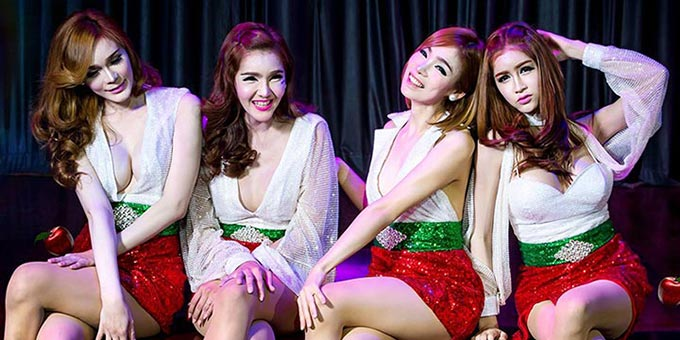 Little Apple mania in Thailand cabaret shows
